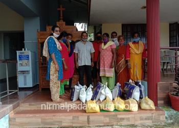 Catholic Sabha, Nirmalpadav Parapady Unit distributes food kits to needy